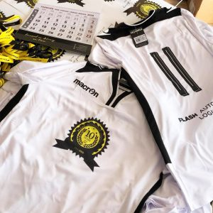 Darčeky pre našich klientov - tričká, kalendár, nálepky